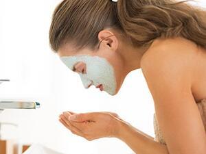 敷完面膜要洗脸吗?大多数女人做错了!