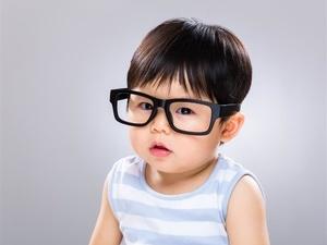 健康喂养法 避免孩子性早熟