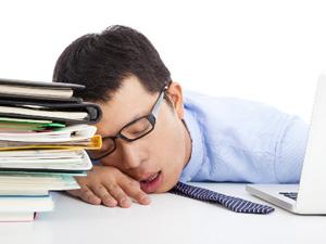 期末备考在即,但一看书就犯困该怎么办?