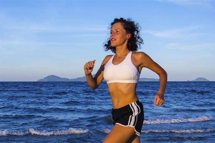掌握慢跑减肥的正确方法 燃脂塑身更高效