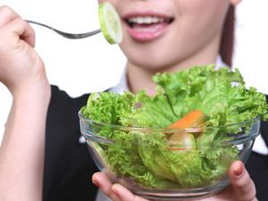 卵巢癌患者吃什么好?多吃蔬菜可延长存活期