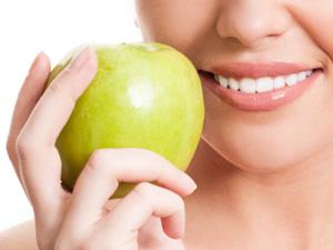 女性多吃8种水果胜过吃补
