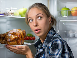 吃晚餐犯了5个错,无疑是自讨苦吃!为了长寿快改正