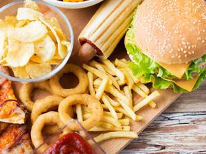 4类食物会加速女性衰老