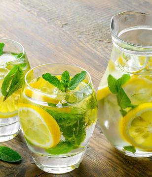 每天一杯柠檬水,好处让人惊叹!