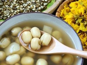 夏季吃绿豆能消暑还能美容养颜