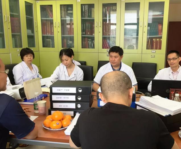 北京医院药学部药品检验室成为国内唯一通过国家级检测机构双认证的医院药品检验室