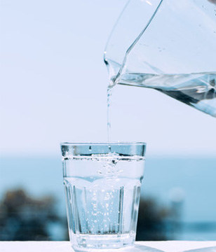 """女人每天喝3杯""""水"""",申博sunbet桌面下载漂亮又健康!"""