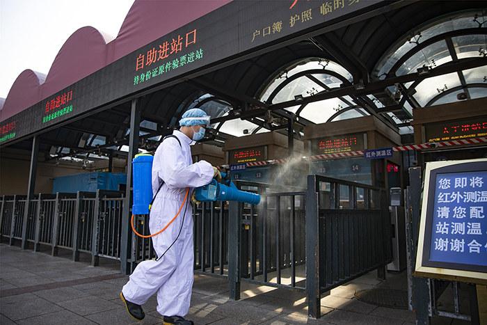 境外每天2万人入境,中国能否防止疫情反扑?看看德国的经验