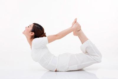 睡前让腿变直的步骤图