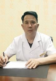刘天山 主治医师 北京明医方中医医院副院长 香港中国经济报特约记者 中华医学会会员