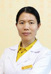 常艳明 主治医师 师承于张作舟及国医大师石学敏 行医近二十年 传承整理了祖传方剂脉要