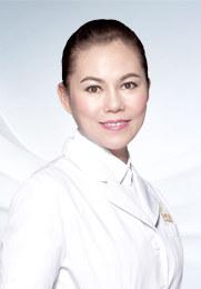 孟春丽 昆明丽都整形外科主任 主治医师 中华医学会整形外科学会委员 中韩整形美容交流学会会员