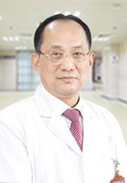 """肖勇 不育科主任 中国性学会会员 资深不育专业医生 被尊称为""""男性不育克星"""""""