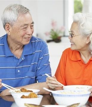 爱笑的老人更健康