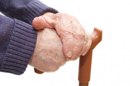 老年人低血压