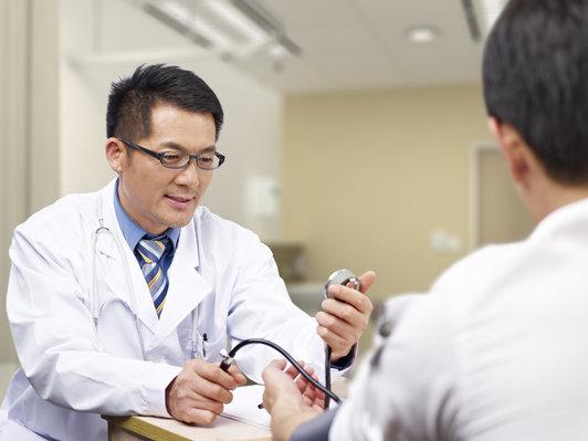 邱波:部分眼疾通过中医药治疗可以避免手术