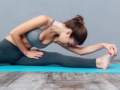 拱桥式瑜伽动作瘦腹甩赘肉 39健康网