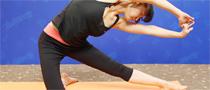 膝立侧弯瘦腰瑜伽