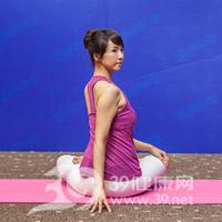腰旋转式瘦腰瑜伽4