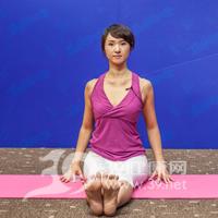 腰侧弯式瘦腰瑜伽1