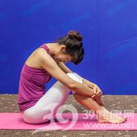 腰侧弯式瘦腰瑜伽5