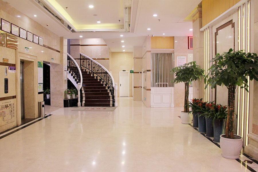 门诊大楼_一角