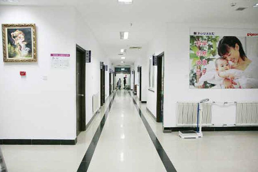 二楼病房走廊