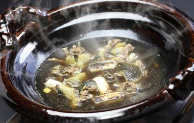 家常萝卜鱼的做法步骤3:准备煮鱼汤