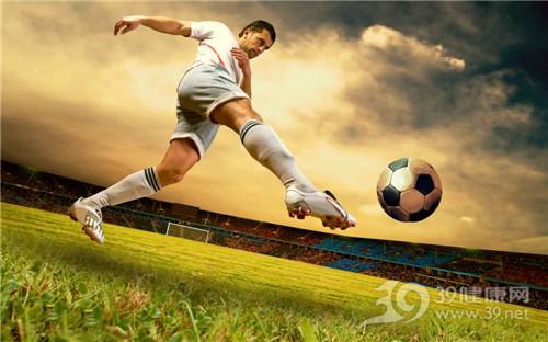 青年 男 运动 足球 草地_13658289_xl