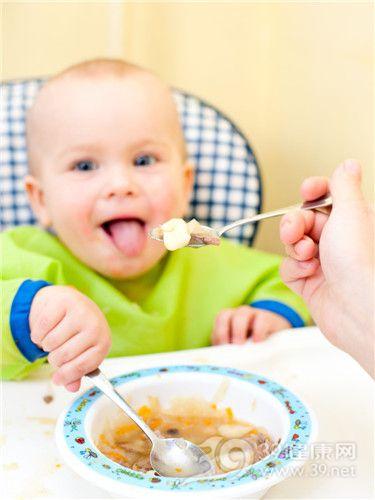 宝宝手足口病饮食护理的误区