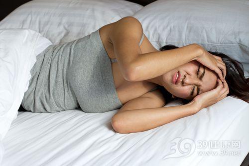 青年 女 失眠 睡觉 睡眠 床_15400817_xxl