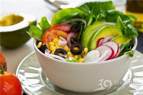 沙拉 蔬菜 西红柿 玉米 红皮萝卜 青菜 <a href=
