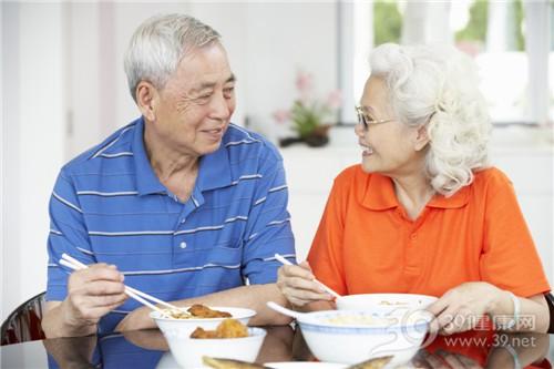 中老年 男 女 吃饭 吃东西 米饭_18710142_xxl