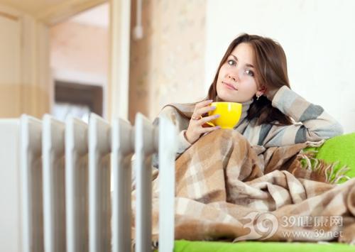青年 女 寒冷 冬天 取暖 保暖 毛毯 杯子 暖气 暖炉_16035611_xl