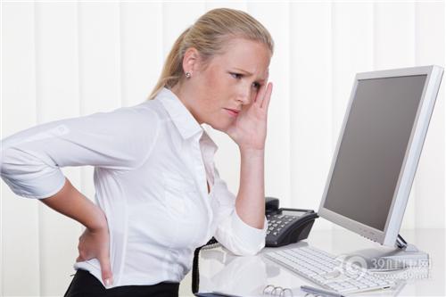 生病 头痛 腰痛 疼痛 电脑 办公室 工作 商务_26461352_xxl