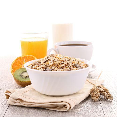 燕麦片 燕麦 果汁 橙汁 橙子 奇异果 咖啡 牛奶 早餐_13534778_xxl