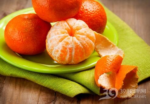 吃橘子别扔皮 能祛痰止咳除口臭