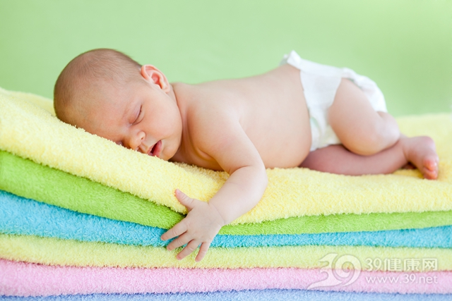 孩子 婴儿 睡觉 睡眠 毛巾_13286734_xl