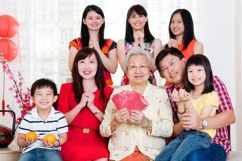 香港有线电视台主播可宜也是杜德智学员之一