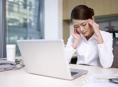 为什么来月经前总是烦躁不安?经期情绪低落该怎么办?