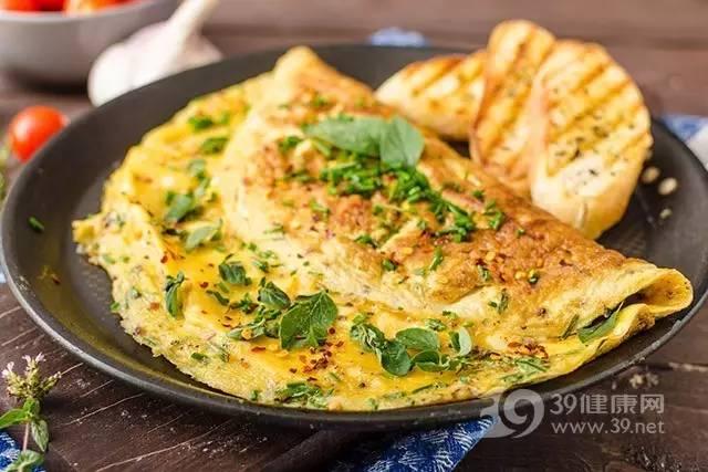 家常早餐鸡蛋饼健康又营养 你知道怎么做吗?