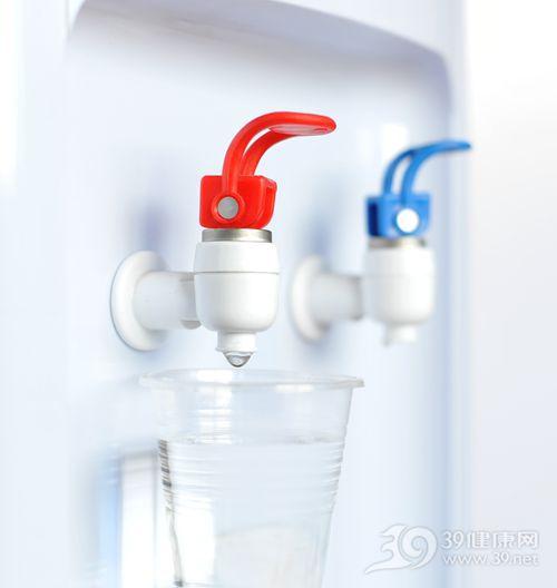 饮水机 喝水 水杯 一次性杯子_4315139_xl