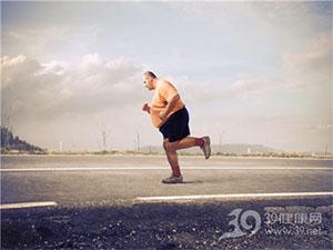 过度肥胖选择跑步不仅无效还伤健康!