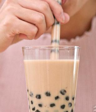 """奶茶,害了多少中��年�p人!一杯奶茶�[藏的""""四宗罪"""""""