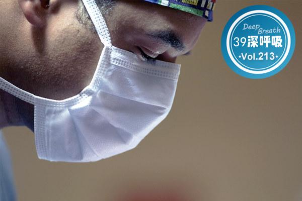 医患关系中,谁是弱势群体,是医生?还是病人?