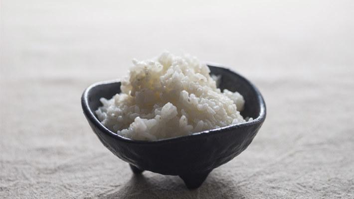 人人都爱炒冷饭,那吃冷饭能减肥吗?