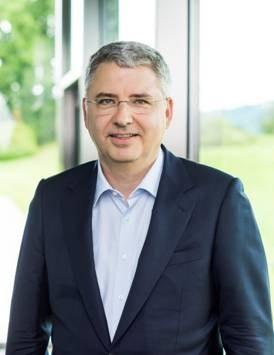 罗氏全球CEO施万博士:全力支持医疗健康产业数字化转型升级