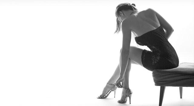 偏爱高跟鞋的女性,警惕拇外翻