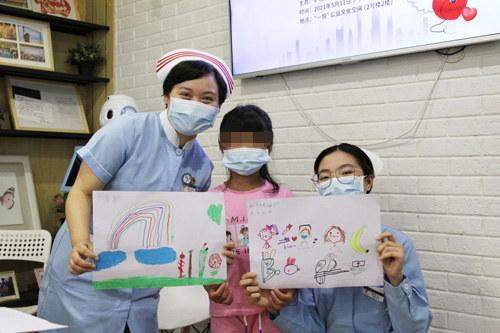 """护士节:致敬最美""""白衣天使"""""""